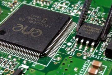 Programování a oprava BIOSu
